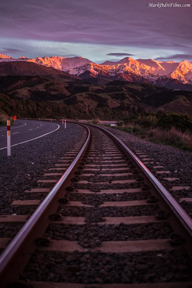 Sunrise, NZ, East Coast, Red, Rocks