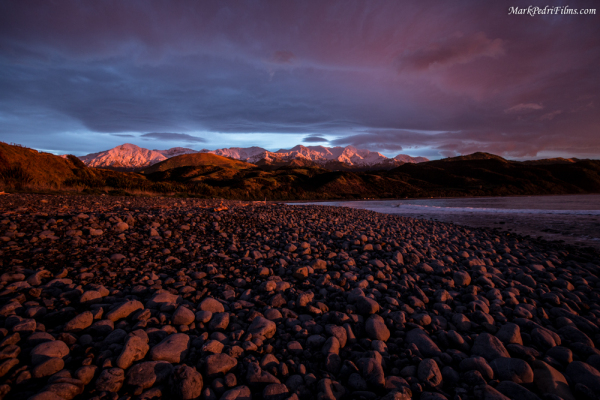 Sunrise, NZ, East Coast, Red, Rocks