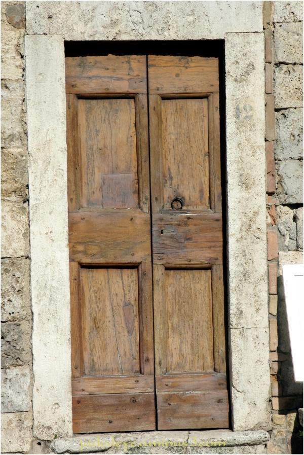 Doors of Italy - San Gimignano