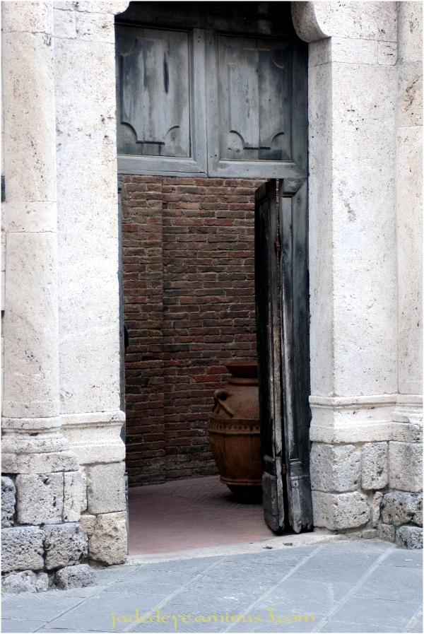 Doors of Italy - San Gimignano #2