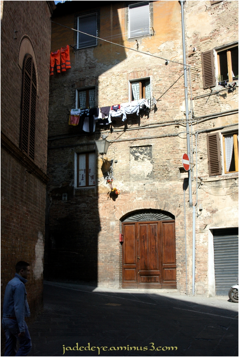 Wash Day in Siena