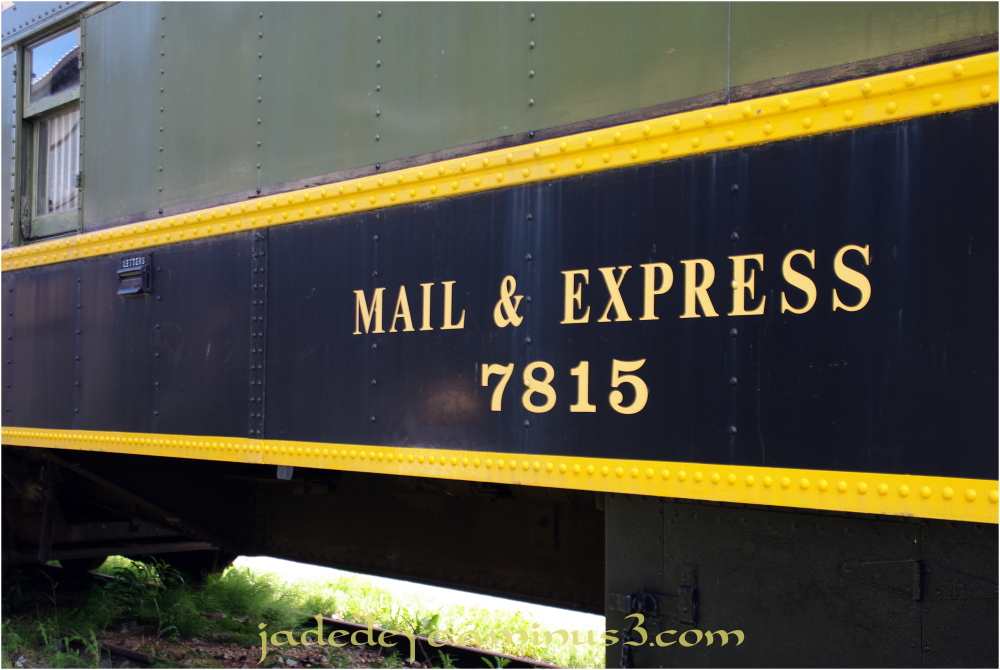 Mail Express 7815 - 1 of 3