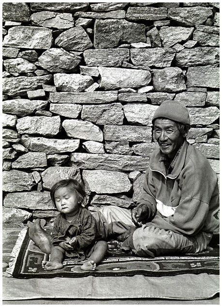 father and daughter in Nepal mountains
