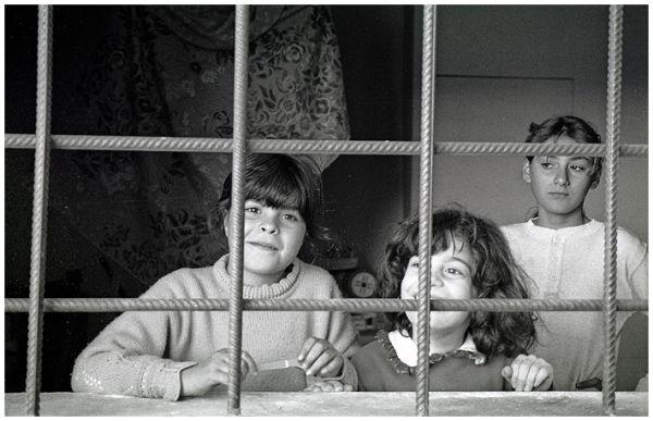 3 little girls in Valle del Belice, Sicily