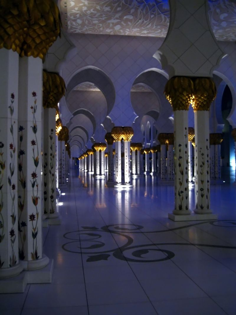 Columns in Sheikh Zayed Mosque