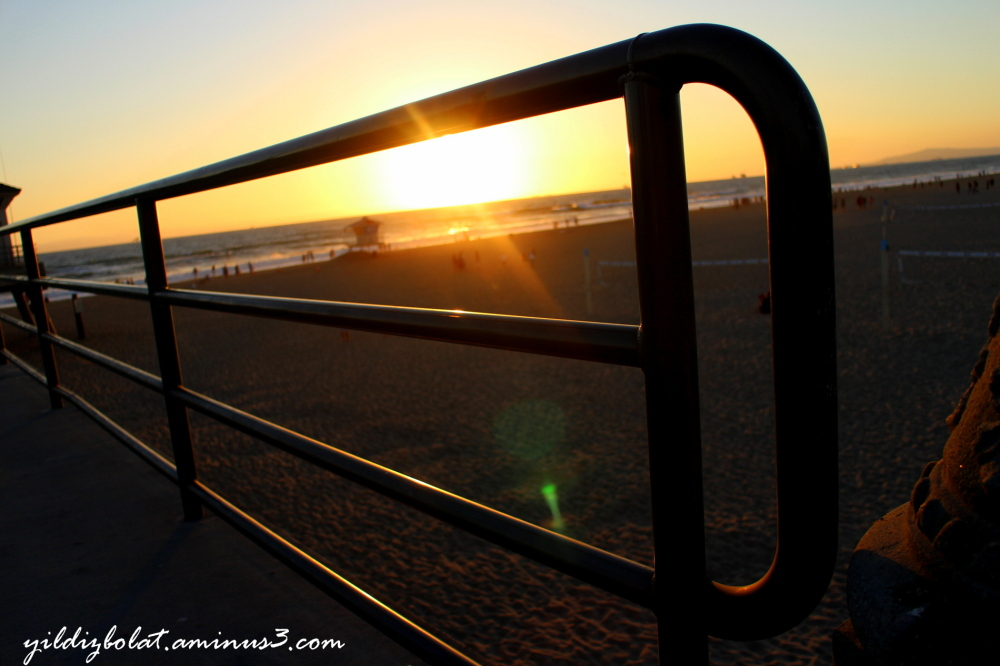 Huntington Beach Pier, at sunset...