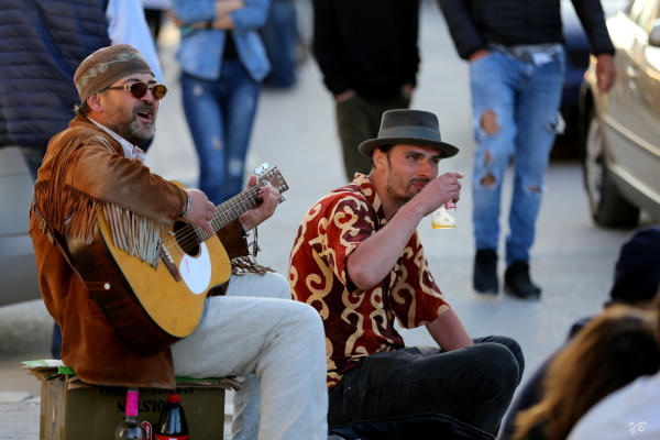 When there's music, beer is tastier