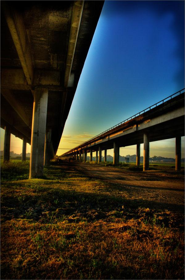 Scene under the bridge