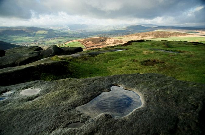 Pools on Higgar Tor above Hope Valley