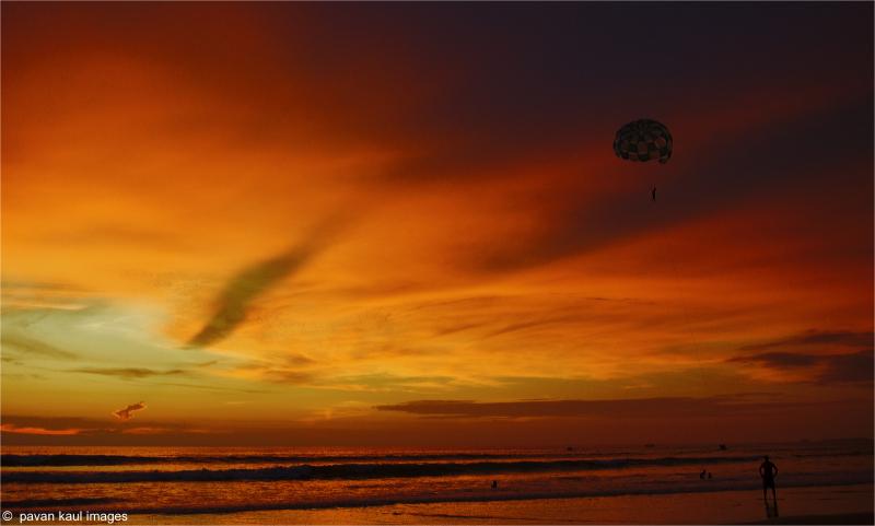 para-sailing at sunset