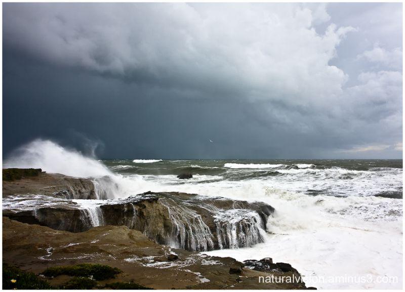storm waves Santa Cruz
