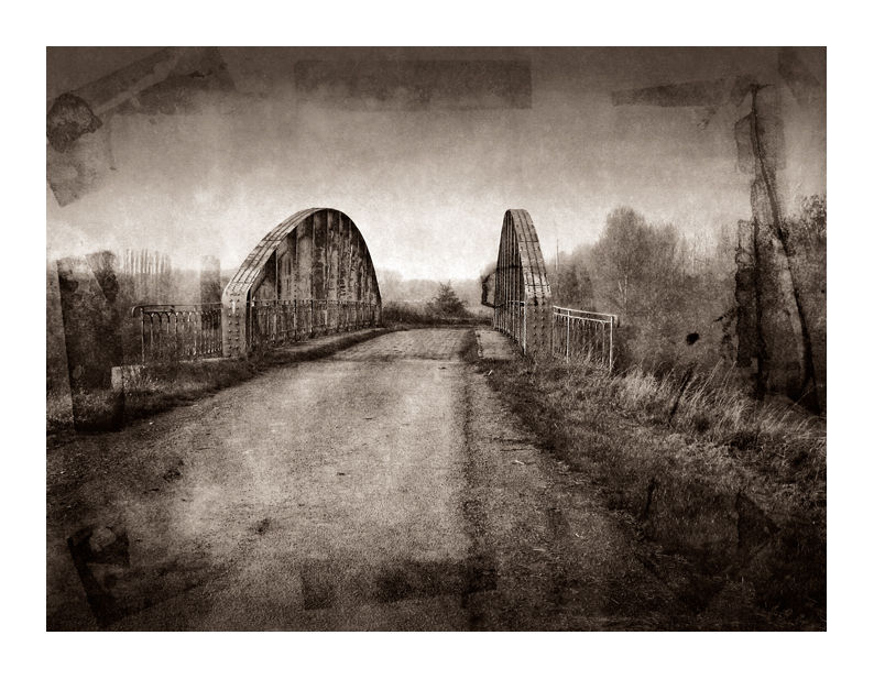 photo vieux pont rouillé Dunwich