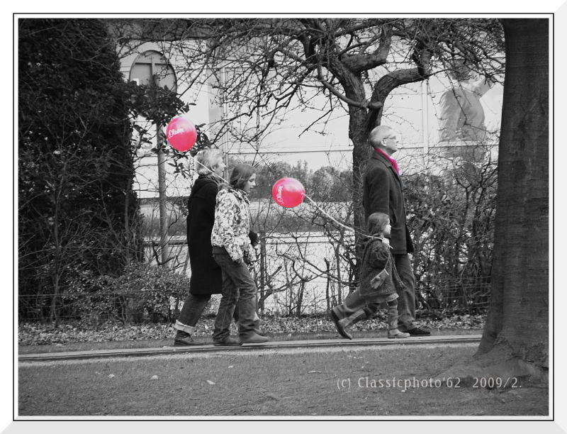Red Balloons & one scarf
