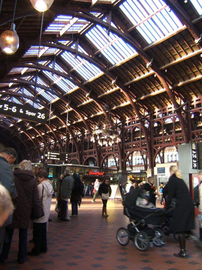 picture of a train station in copenhagen