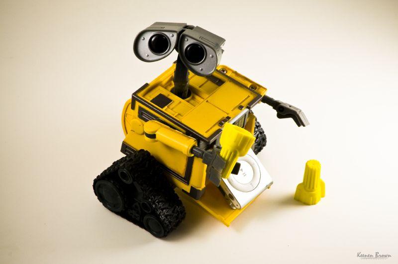wall-e robot toys