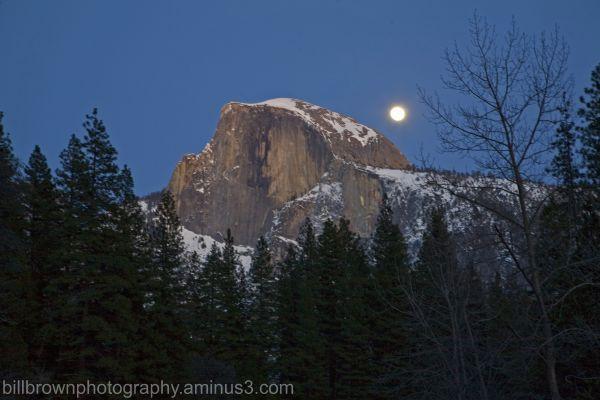 Moonrise over Half Dome (II)
