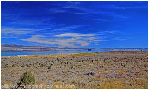 Mono Lake - Hwy 395 View