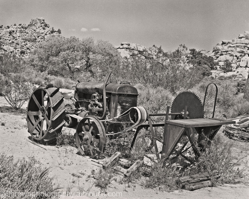 Keys Ranch - Tractor & Saw