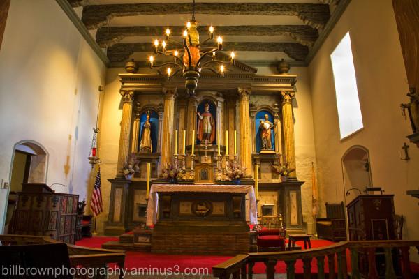 Mission San Buenaventura - Altar