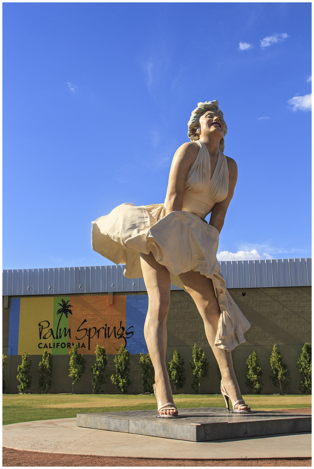 Marilyn Welcomes You