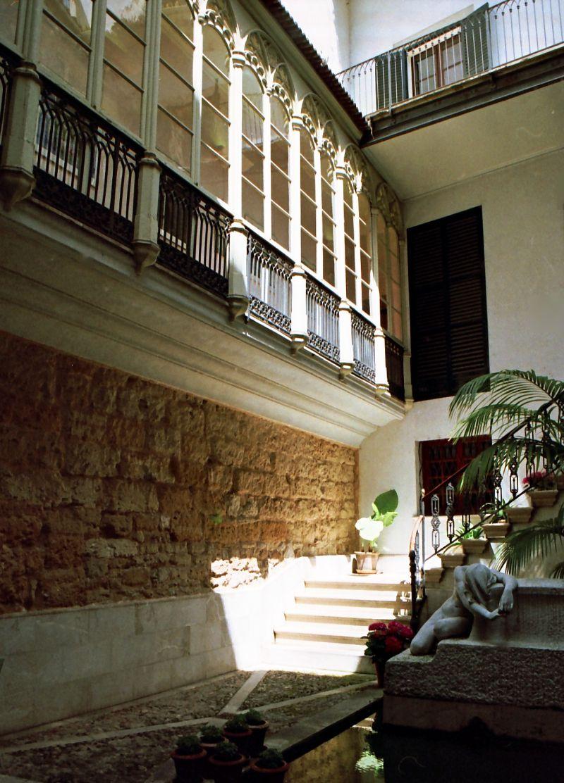 Maison-musée du peintre J.Torrents Lladò