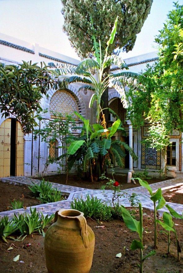 Cour intérieure du Dar Othman à Tunis