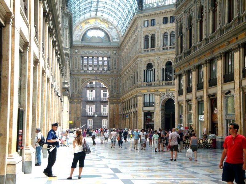 Naples (4)