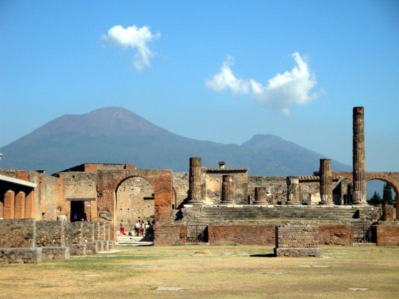 Pompei, et le Vésuve