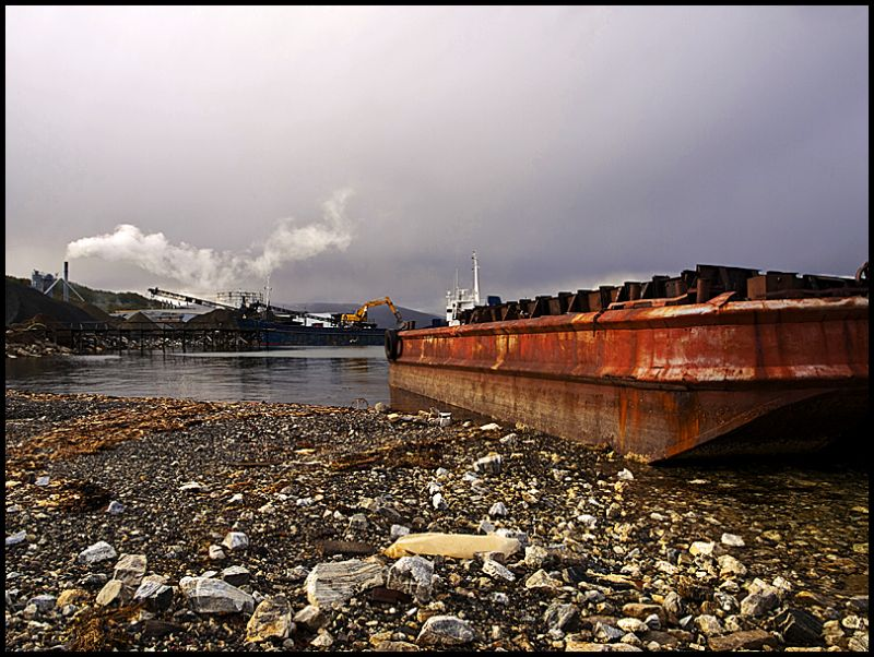A barge by the Skattøra marina in Tromsø