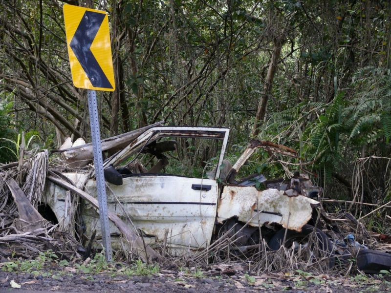 abandoned cars of hawaii