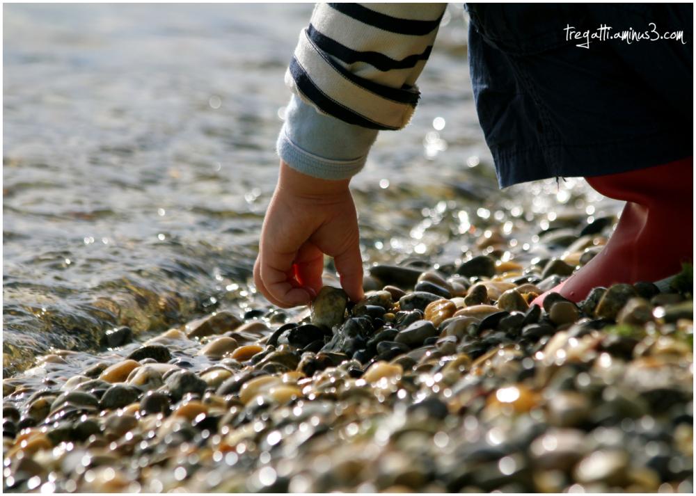 lake, stones, sunshine, autumn, hand