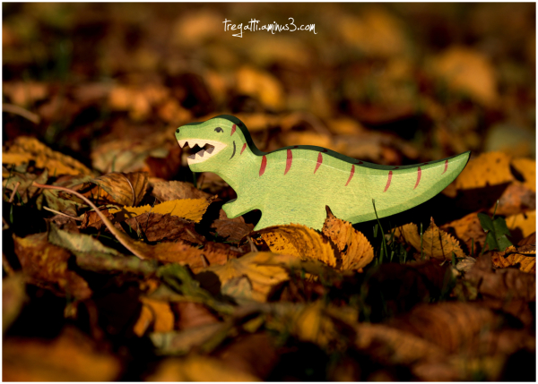 dinosaur, autumn, leaves