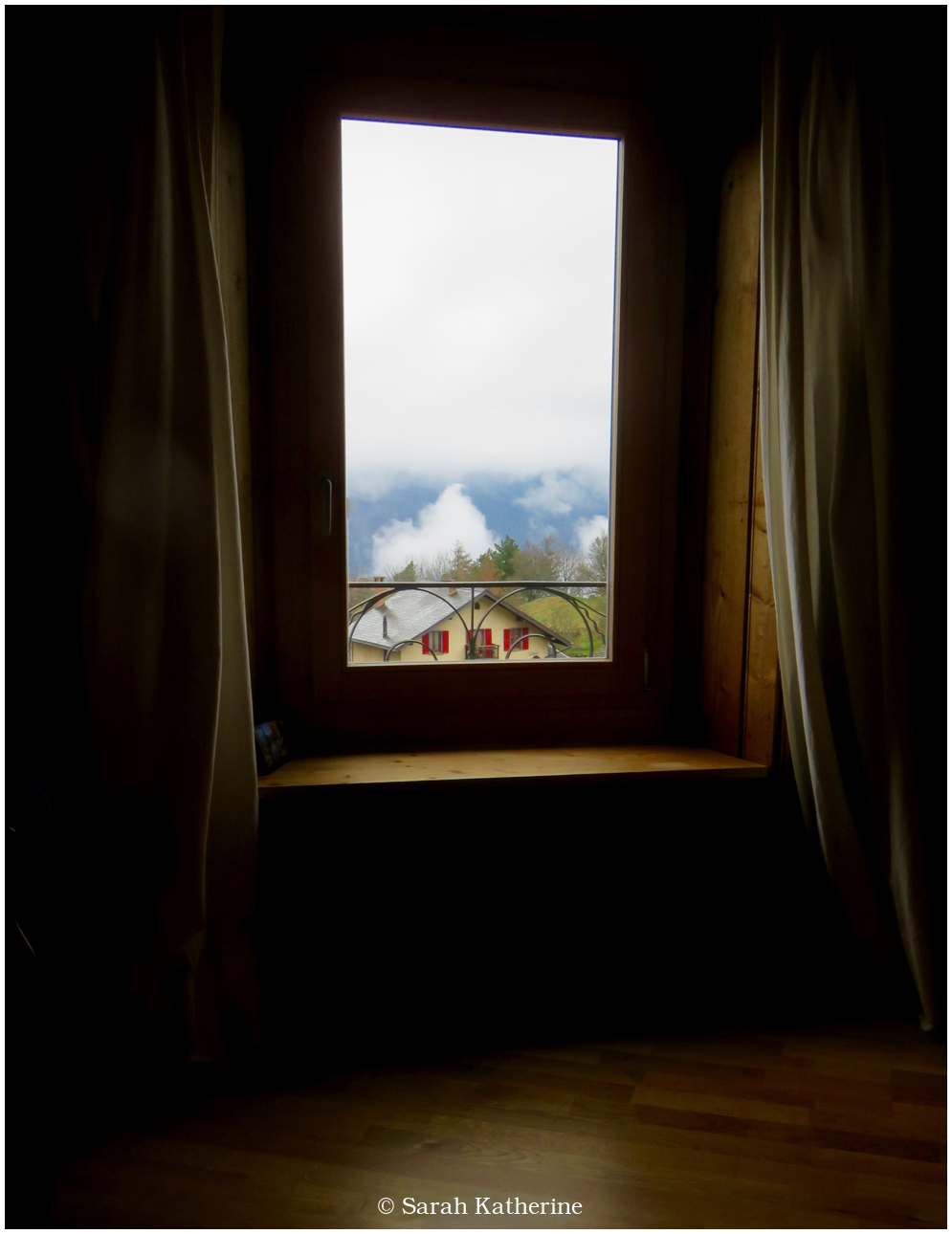 room, quiet, mountains