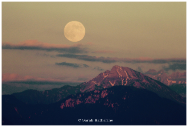 moon, mountain