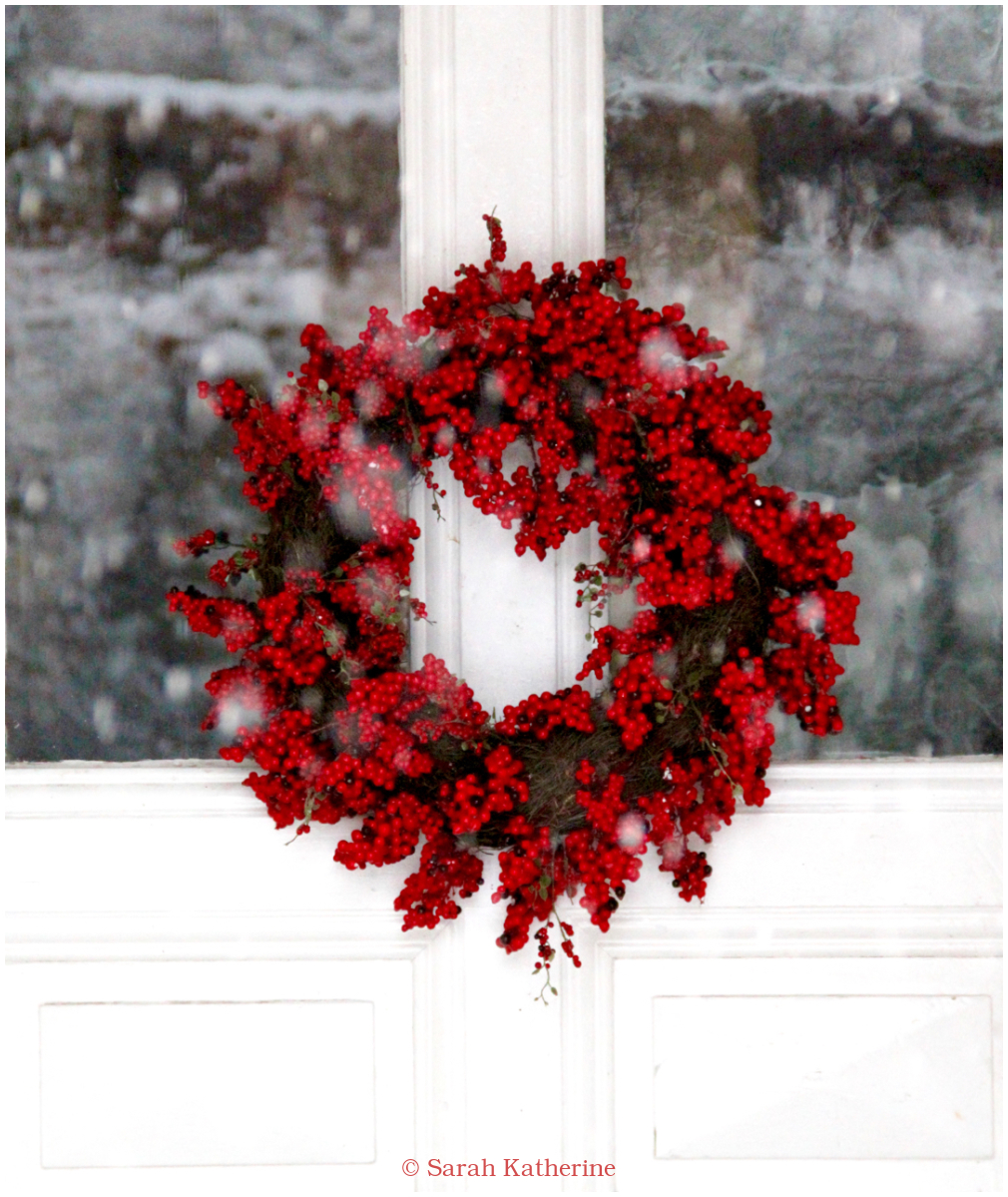 red, berry, wreath, christmas, holidays