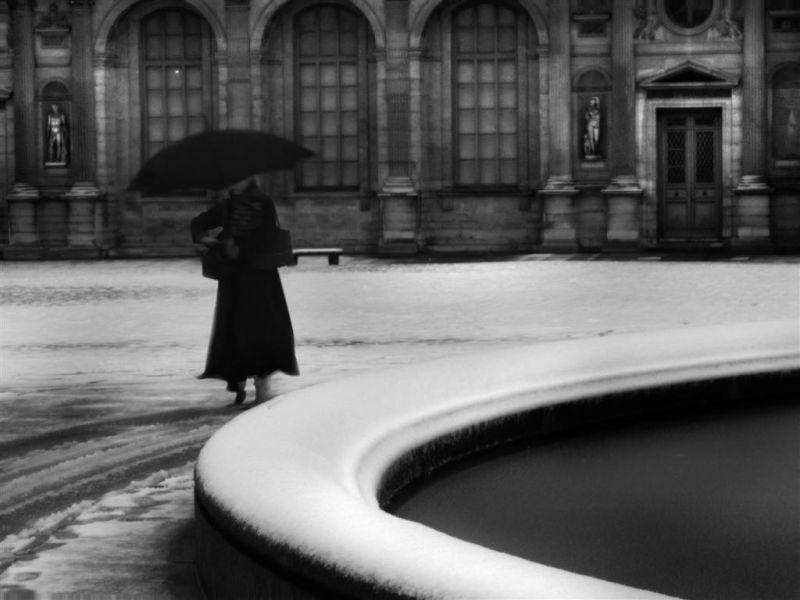 neige Louvre cour-carrée
