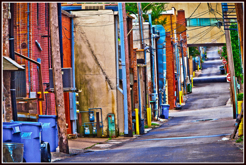DOWNTOWN ALLEY, MUSCATINE