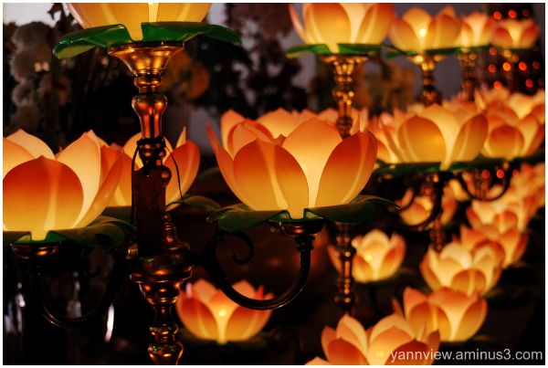Lotus lamps in Ho Ann Chinese temple, Kuala Trg