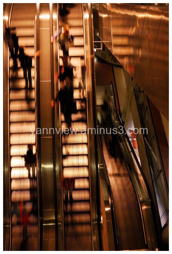 Multi levels escalator in metro station