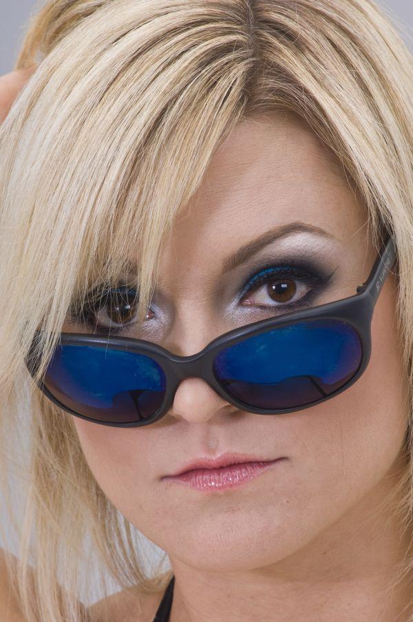 sara blues sunglasses