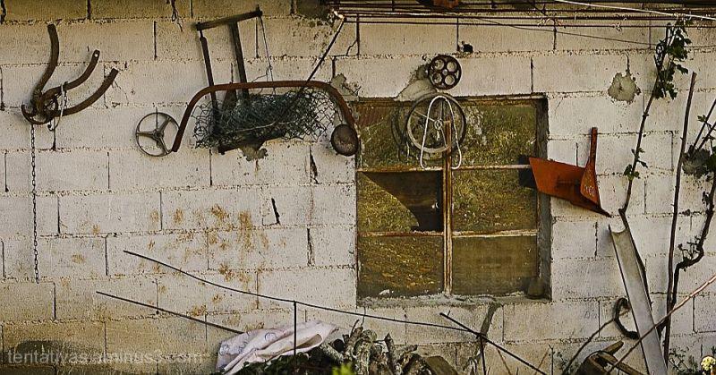 ...e uma janela partida