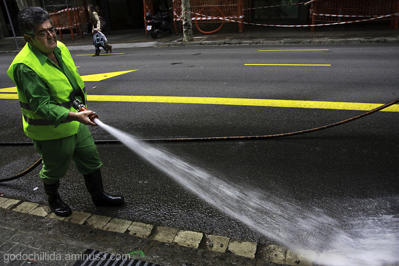 Hose, BArcelona, Street, Water