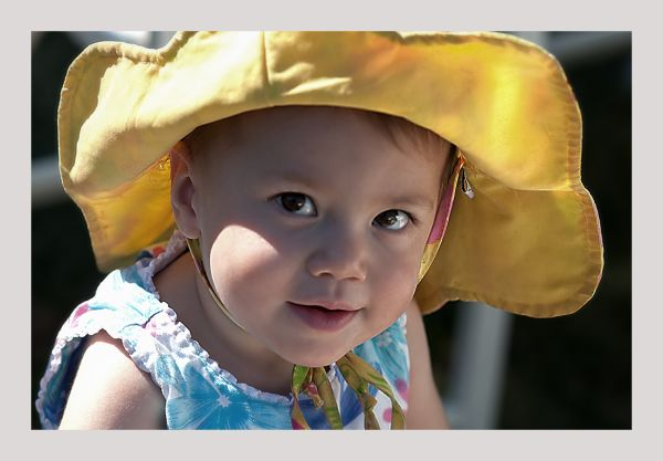 wedding guest :  in her yellow sunbonnet