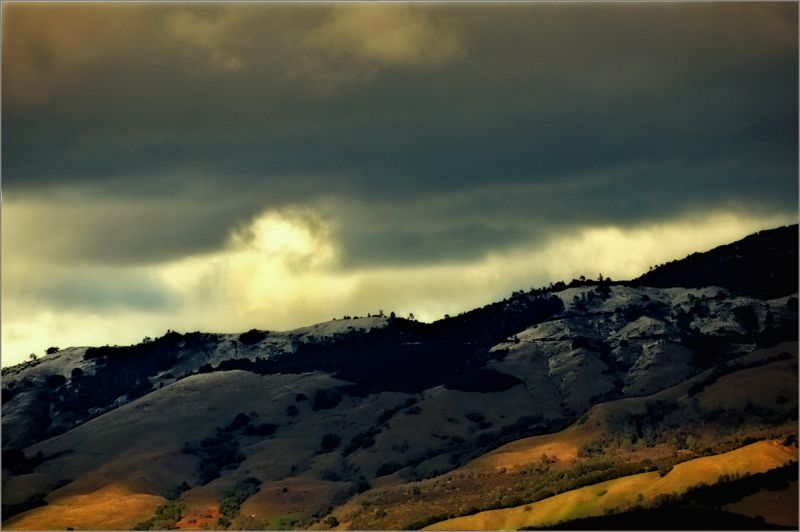 california winter : dusting of snow