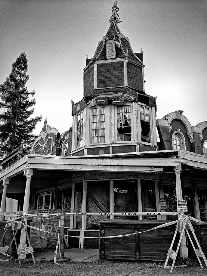 demolition of the old Danville Hotel-BW