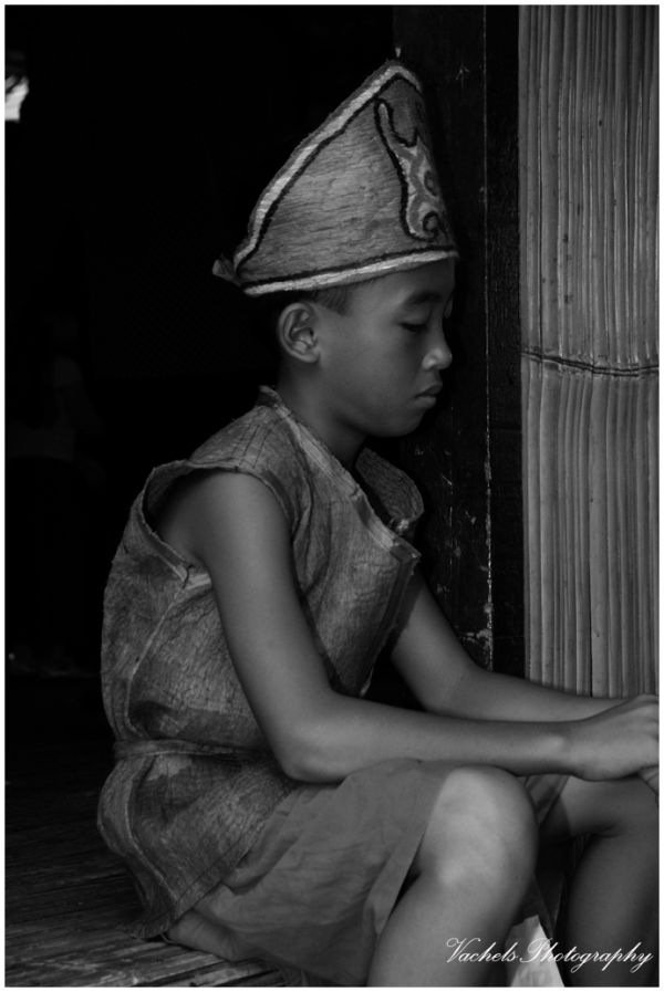 little kid waiting