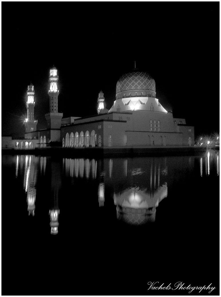 Kota Kinabalu City Mosque in B&W
