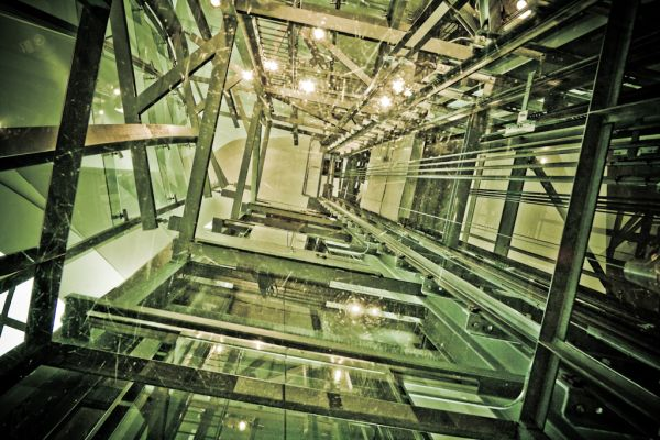 Presó de vidre / Glass prison