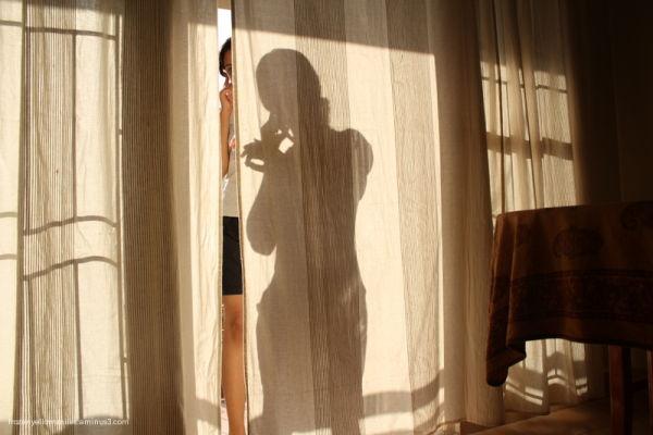 shadows neethi phone screen curtain