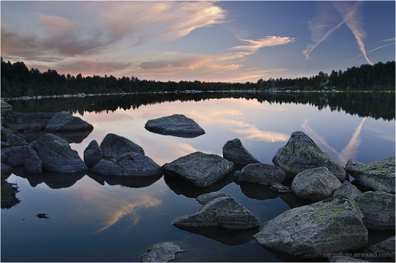 dawn at Maranges Lake